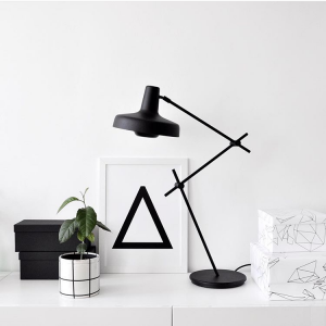 Arigato Desk Lamp AR-T Arigato Tafellamp by Grupaproducts