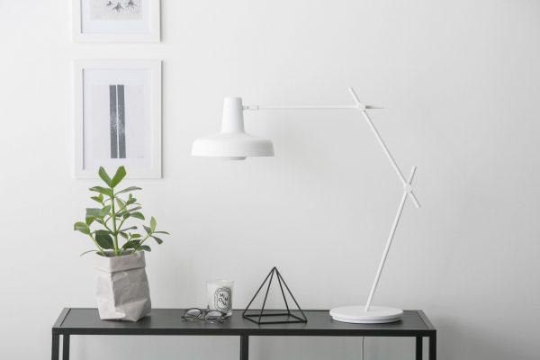 Arigato Desk Lamp AR-T Arigato Tafellamp by Grupaproducts