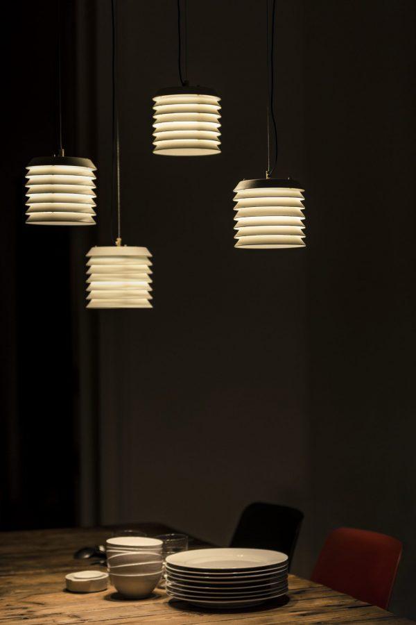 Maija Hanglamp Design Ilmari Tapiovaara Santa en Cole