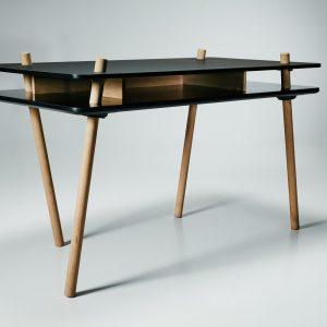Stilt Desk Design Steffensen en Wurtz voor Won Design