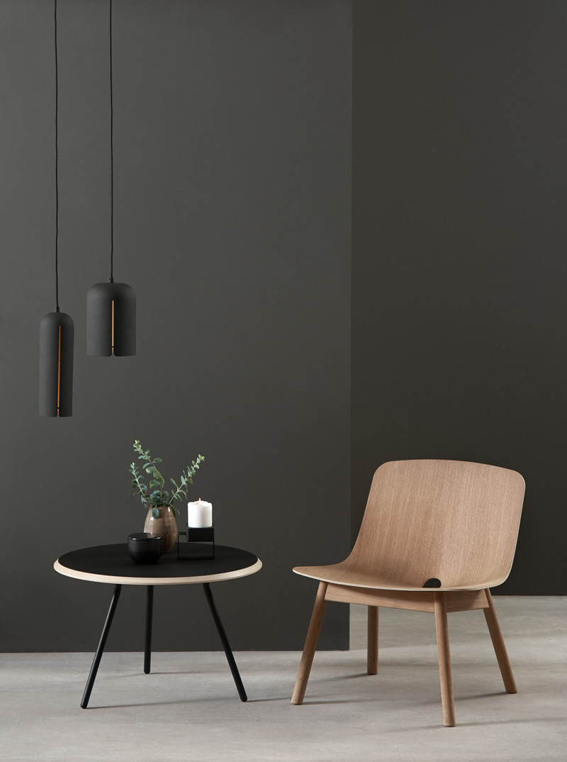 Design Stoel Lounge.Mono Lounge Stoel Design Kasper Nyman Voor Woud Smukdesign