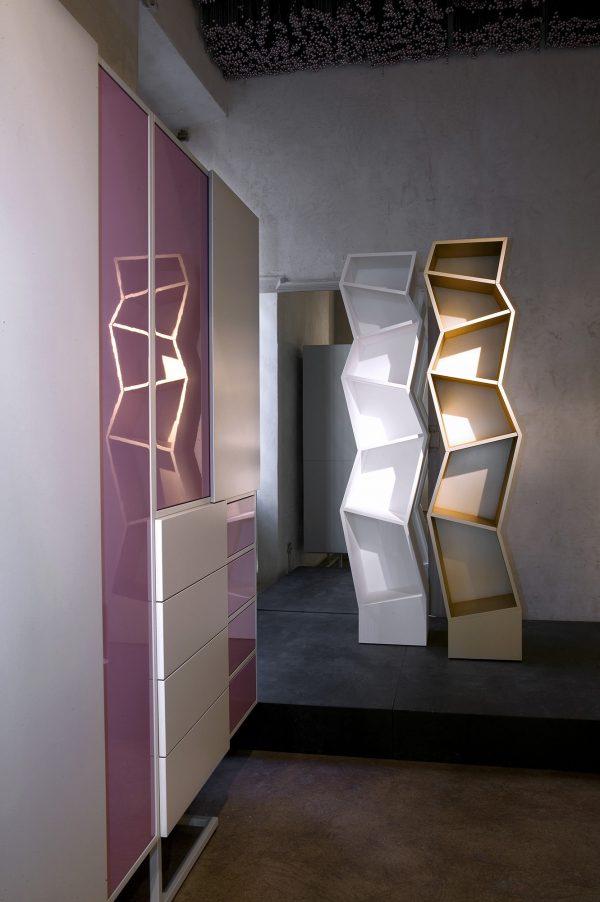 Empire Boekenkast Design Alfredo Haberli voor Quodes
