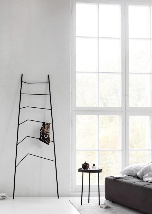 Nook Wall Rack Nook Wandrek Design Cecilia Xinyu Zhang voor Northern