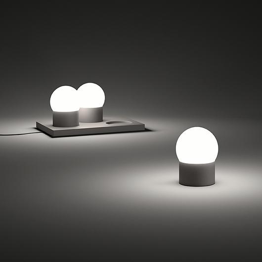 June Table Light June Tafellamp by Emiliana Design Studio voor Vibia