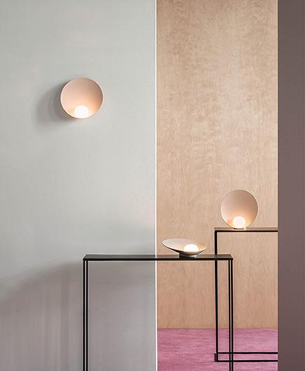 Musa Table Lamp Musa Tafellamp 7404 by Note Design Studio voor Vibia