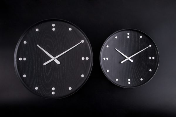FJ Clock Black FJ Clock Zwart Design Finn Juhl door Architectmade
