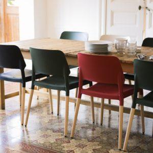 Belloch Chair Belloch Stoel Lagranja Design voor Santa en Cole