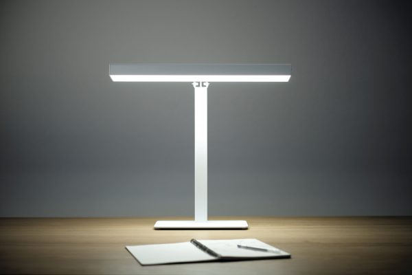 Valovoima Bright Light TableLamp Valovoima Daglichtlamp Design Harri Koskinen Innolux