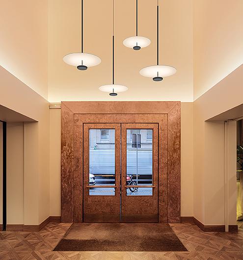 Flat 5935 lamp Design Ichiro Iwasaki voor Vibia