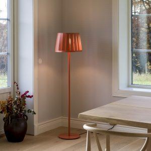 AVS Vloerlamp AVS Floor lamp Design Anna von Schewen voor Bsweden
