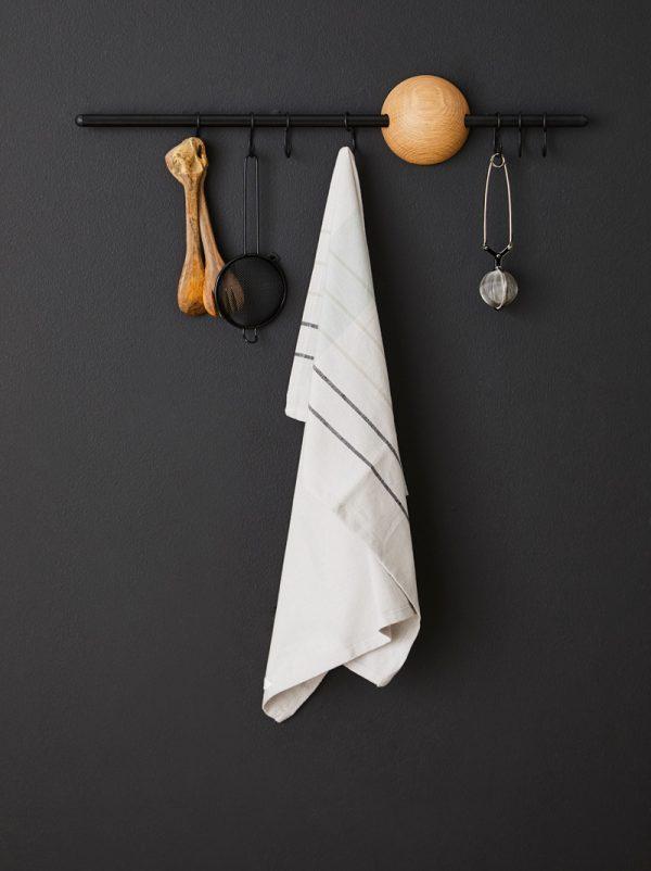 Hoop Wandrek Hoop Rack design Jeanette Holdgaard voor Woud